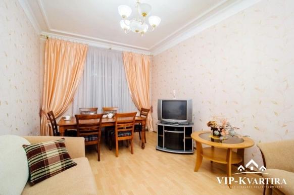 Квартира посуточно в Минске по улице Кирова, 1
