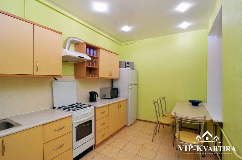 Квартира посуточно по проспекту Независимости, 19 (75)