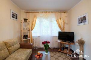 Квартира на сутки по улице Золотая Горка, 14