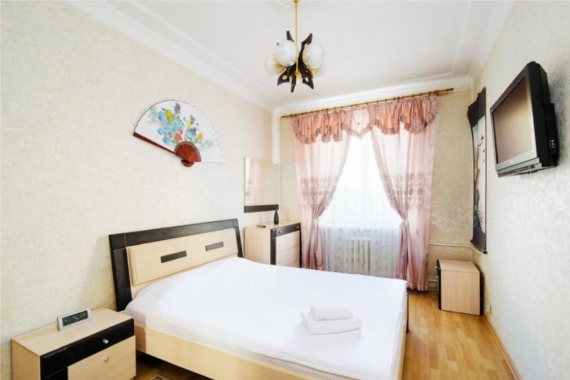 Комната посуточно на Кирова