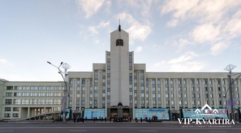 Квартира на сутки по улице Ленинградской 1