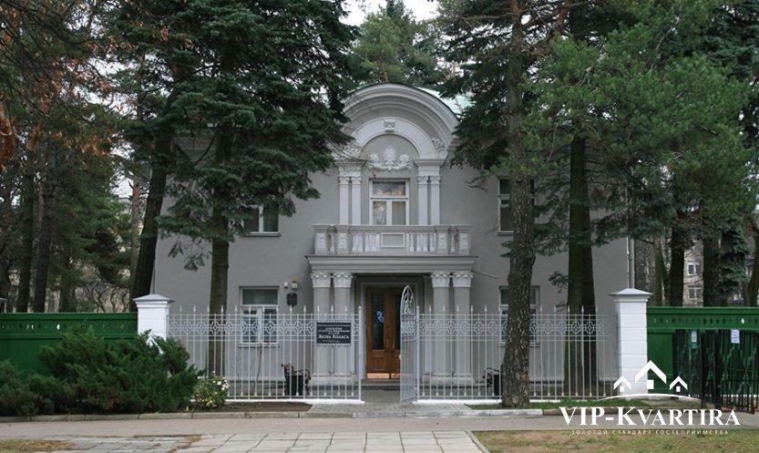 Квартира посуточно по переулку Кузьмы Чорного, 4