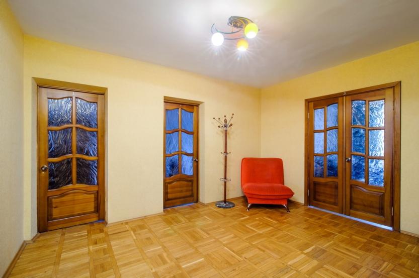 Комната Каминная, Маяковского, 8 посуточно в Минске