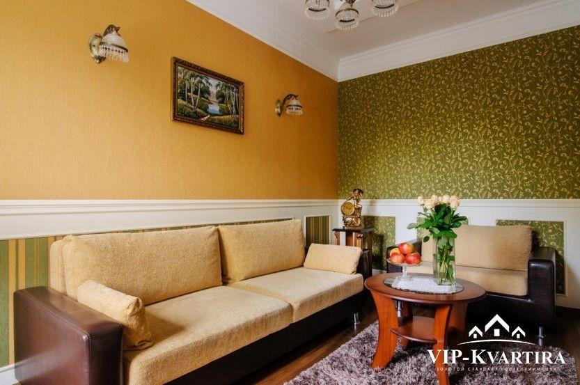 Апартаменты посуточно в МинскеЛенинградская, 3