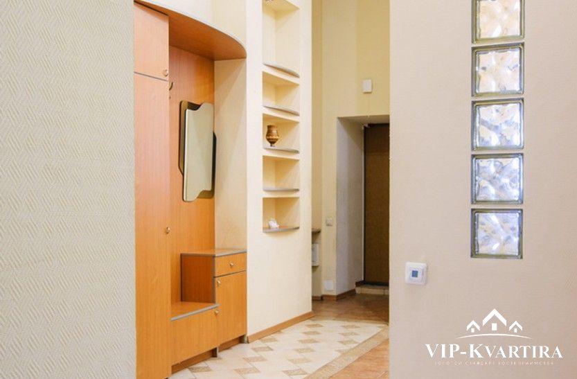 Апартаменты посуточно в МинскеВолодарского 17